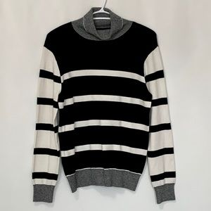 """BYLESE"" Striped Turtleneck"